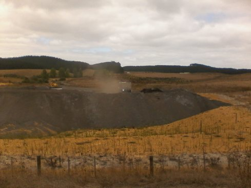 Uncovered coal ash truck at Kopako 3 mine